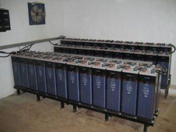 μπαταρίες OPzS σε μεγάλο αυτόνομο φωτοβολταϊκό