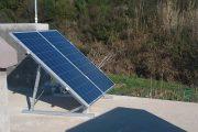 Στήριξη φωτοβολταϊκών πάνελ σε ταράτσα