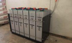 Μπαταρίες βαθιάς εκφόρτισης 2V με 2500 κύκλους ζωής
