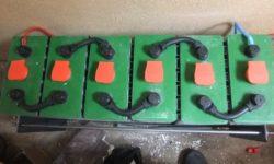 Έξι Μπαταρίες βαθιάς εκφόρτισης 2V (συστοιχία 12V) σε αυτόνομο φωτοβολταϊκό