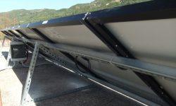 Βάσεις διπλά γαλβανισμένου χάλυβα και αδιάβροχος πίνακας με ασφάλειες συνεχούς ρεύματος (DC)