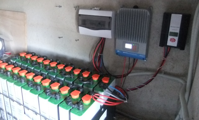 Μπαταρίες βαθειάς εκφόρτισης 2V σε συστοιχία των 48V