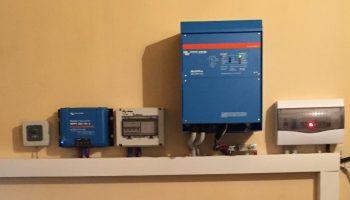 Ινβέρτερ, ρυθμιστής φόρτισης, ηλεκτρολογικοί πίνακες αυτόνομου φωτοβολταϊκού συστήματος
