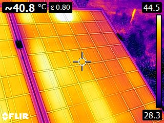 Σάρωση με θερμοκάμερα από συντήρηση που αναλάβαμε. Το πάνελ έχει πρόβλημα που χωρίς την θερμοκάμερα είναι πολύ δύσκολο να εντοπιστεί