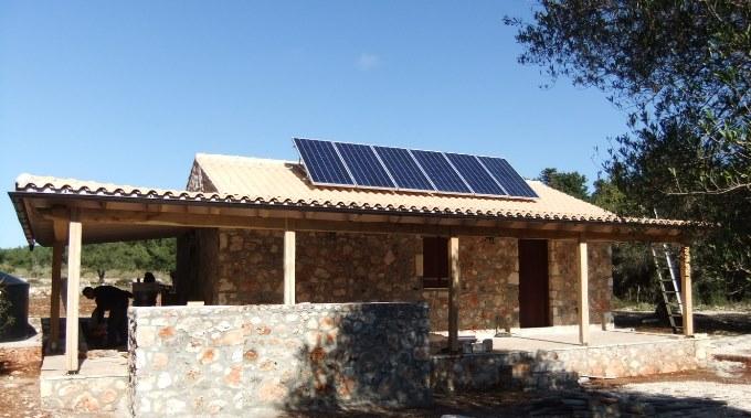 Αυτόνομο φωτοβολταϊκό στη Κεφαλονιά με πάνελ SunPower