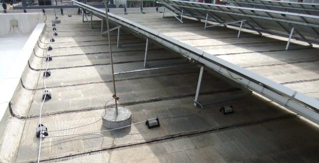 Αντικεραυνική προστασία και βάσεις φωτοβολταϊκών από ανοδιωμένο αλουμινίο στο φωτοβολταϊκό Net Metering στην Κόρινθο