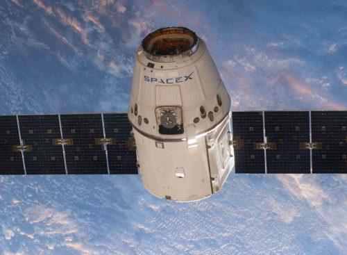spaceX με φωτοβολταϊκά sunpower