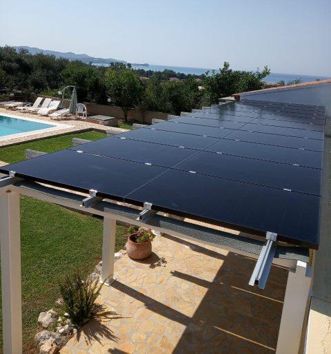 Φωτοβολταϊκά υψηλής απόδοσης SunPower σε οικία στην Κέρκυρα