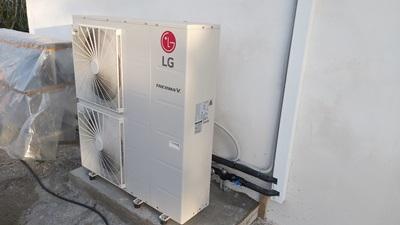 Αντλία θερμότητας σε οικία για θέρμανση με σώματα καλοριφέρ
