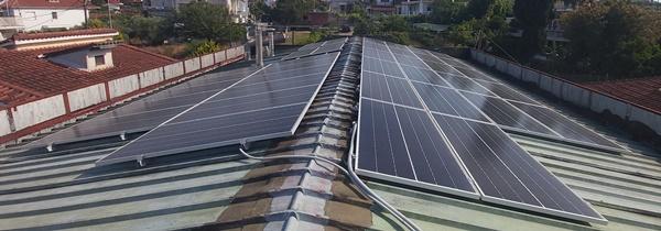 Φωτοβολταϊκό σύστημα net metering με πάνελς Sunpower υψηλής απόδοσης σε επιχείρηση στον Πύργο Ηλείας